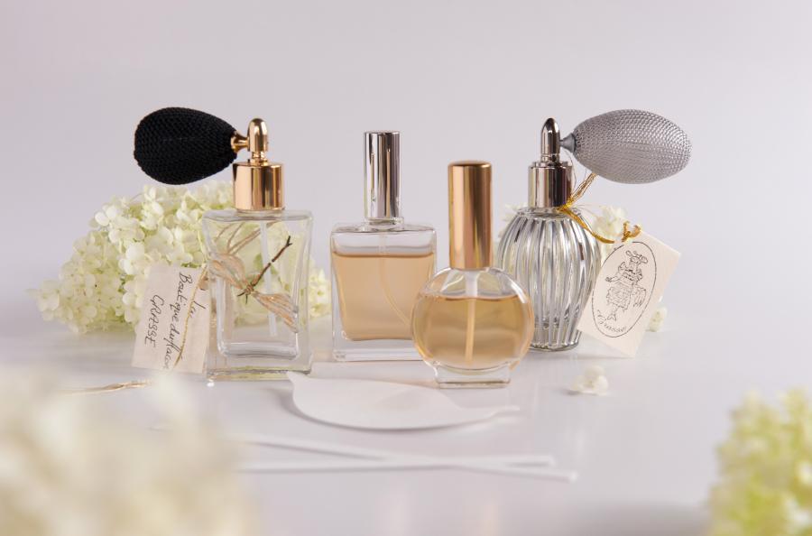~アロマパルファン・香水レッスン~ 自分のための香りを創ってみませんか