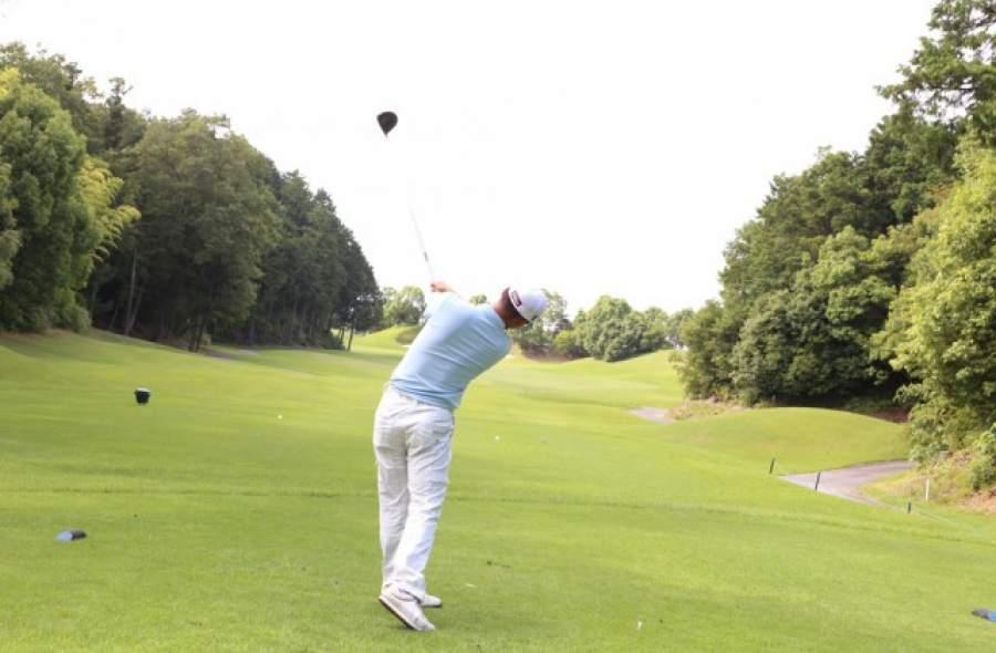 ゴルフサークル (2月)
